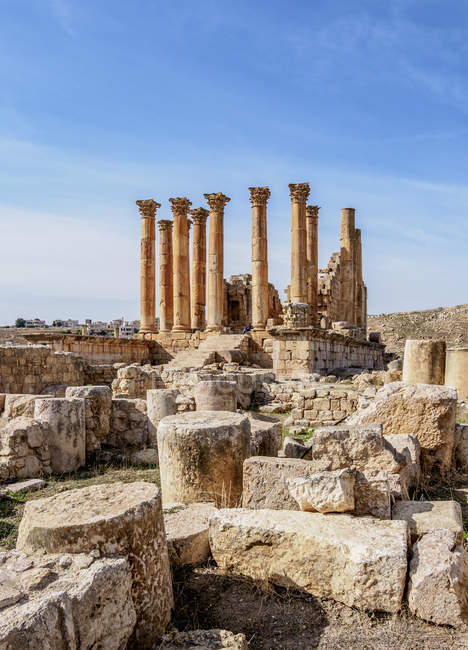 Руины старого исторического храма Артемиды, Джераша, Джерашской мухафазы Джераш, Иордания, Ближний Восток — стоковое фото