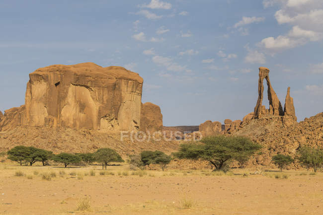 Уникальная скальные арки в пустыне, Плато Эннеди, регион Эннеди, Чад, Африка — стоковое фото