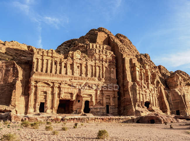 Palace and Corinthian Tombs, Petra, UNESCO World Heritage Site, Ma'an Governorate, Jordan, Middle East — Stock Photo