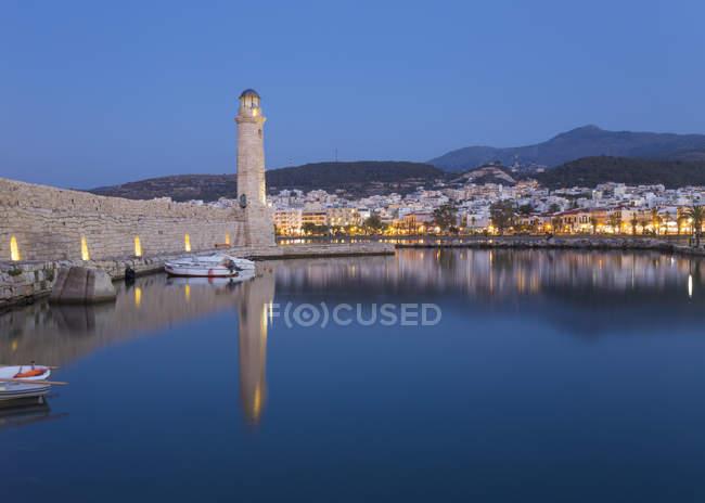 View of Venetian Harbour at dusk, Rethymno (Rethymnon), Crete, Greek Islands, Greece, Europe — Stock Photo