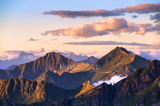 Felsige Berggipfel bei Sonnenuntergang, Valgerola, Orobie Alpen, Valtellina, Lombardei, Italien, Europa — Stockfoto