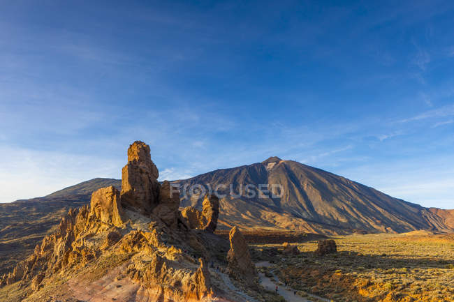 Rock formation and Mount Teide, Las Canadas National Park, Tenerife, Canary Islands, Spain, Atlantic Ocean, Europe — Stock Photo