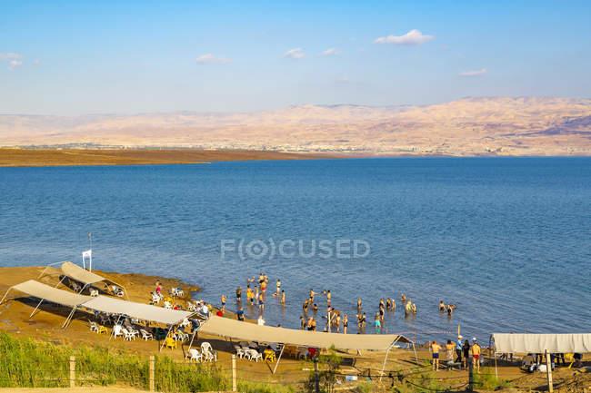 Vista del Mar Morto e della spiaggia di Kalia, Israele, Medio Oriente — Foto stock