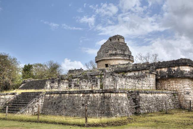 Руїни старої обсерваторії (Карасол), Чичен-Іца, Юкатан, Мексика, Північна Америка — стокове фото