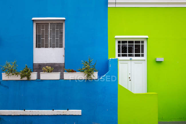 Famous colorful houses of Bo-Kaap, Cape Town, South Africa, Africa — Stock Photo