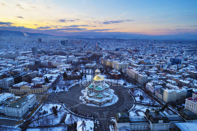 Aerial view of cityscape and Alexander Nevsky Orthodox Cathedral in winter, Sofia, Bulgaria, Europe — Stock Photo