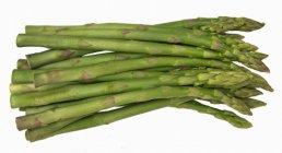 Lot d'asperges vertes — Photo de stock