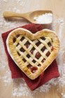 Freshly baked cherry pie — Stock Photo