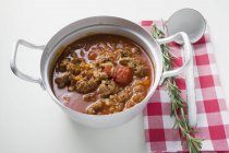 Mince ragout in pan — Stock Photo