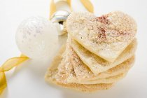Coeurs d'amande avec le sucre — Photo de stock