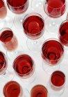 Vasos de vino tinto - foto de stock