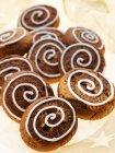 Pimienta tuerca galletas decoración con azúcar glas - foto de stock