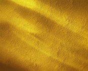 Polvo de la cúrcuma de tierra - foto de stock