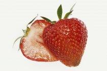 Fresa roja madura fresca - foto de stock