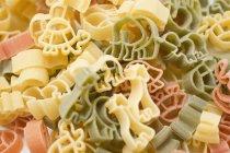 Pastas secas en forma de animal - foto de stock