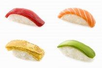 Чотири різних нігірі-суші — стокове фото