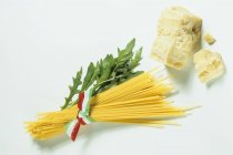 Bundle of raw spaghetti — Stock Photo