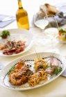 Tagliolini con aragosta — Foto stock