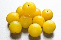 Diversi prugne gialle — Foto stock