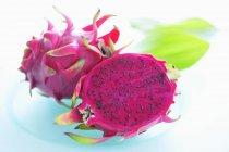 Конкретизированы розовый дракон фрукты — стоковое фото
