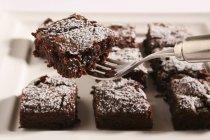 Brownies con azúcar glas - foto de stock