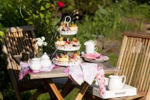 Cupcakes on cake stand — Stock Photo