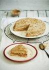 Vista elevata di taglio noce torta — Foto stock
