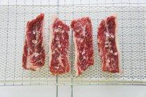 Filetes Wagyu con sal - foto de stock