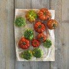 Pomodori rossi e verdi — Foto stock