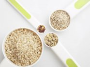 Rice and sesame seeds — Stock Photo