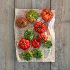 Pomodori verdi e rossi — Foto stock