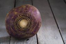 Nabo púrpura fresco - foto de stock