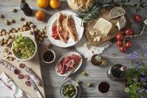 Still life di prodotti alimentari mediterranei — Foto stock