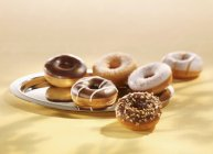 Assorted donuts con glassa — Foto stock