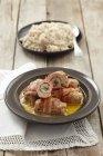 Roulades carne de porco com cenoura e mostarda — Fotografia de Stock