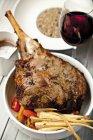 Alla griglia cosciotto d'agnello al forno — Foto stock