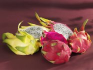Pitahaya colorate fresche — Foto stock