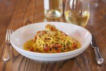 Pasta degli spaghetti con gamberi — Foto stock