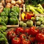 Органічні томати і перець — стокове фото