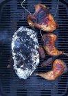 Vista superior da galinha assada na grelha — Fotografia de Stock