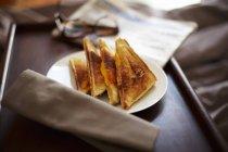 Sandwichs au jambon grillé — Photo de stock