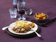 Cottage pie with carrots — Stock Photo