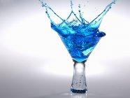 Azul Martini Splash — Fotografia de Stock
