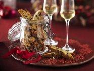 Galletas cantucci con pistachos - foto de stock