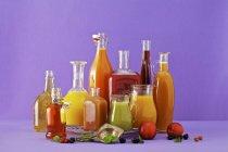 Succhi di frutta appena spremuto — Foto stock