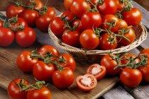 Tomates rouges fraîches — Photo de stock