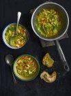Zuppa di campagna italiana con fagioli bianchi — Foto stock