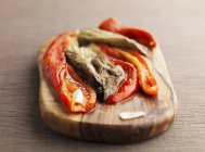 Roasted red pepper and aubergine salad — Stock Photo