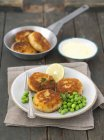 Potato and smoked mackerel cakes — Stock Photo