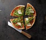 Margherita Pizza affettata — Foto stock